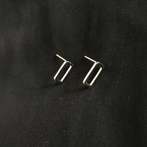 Jewelry - MINIMAL CUTE RECTANGLE EARRING STUD